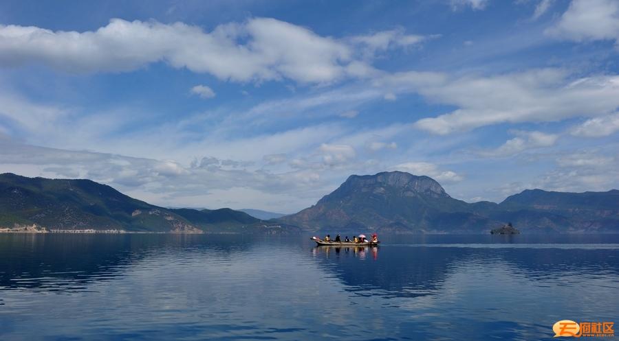 8-湖光.jpg
