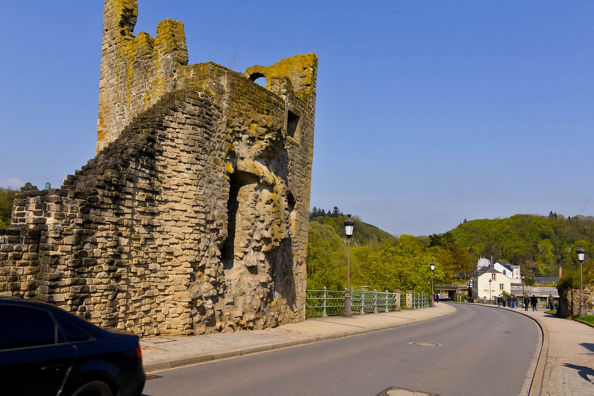 【游欧洲】卢圣堡的古堡印象