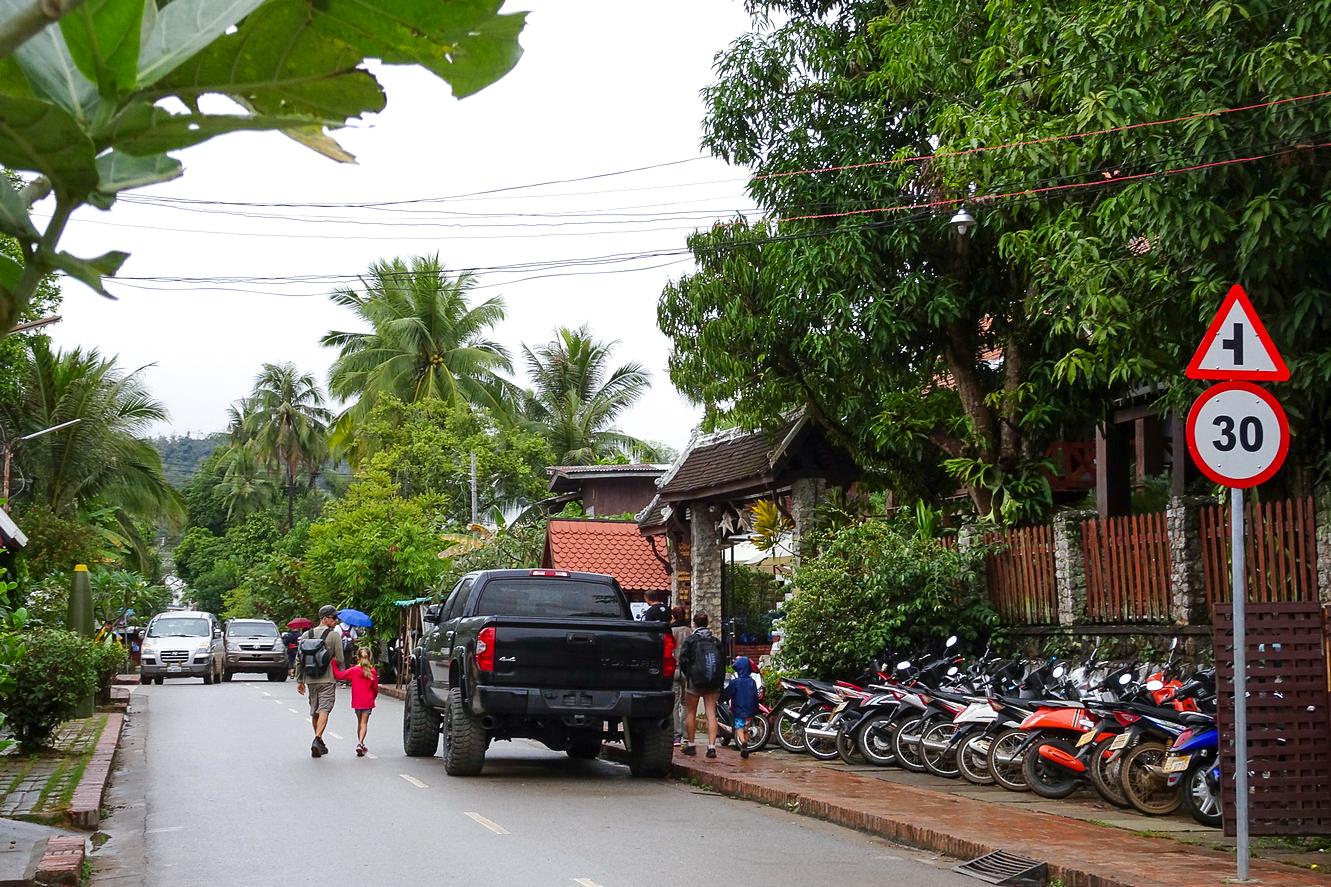朗布拉邦的街景