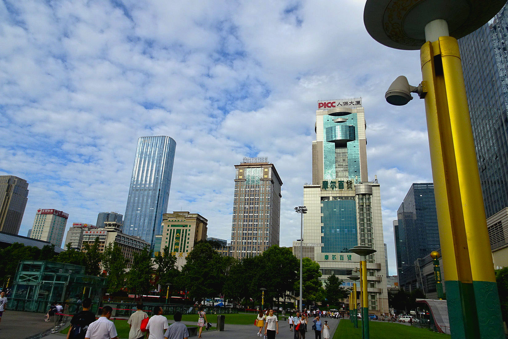 天府广场的一天