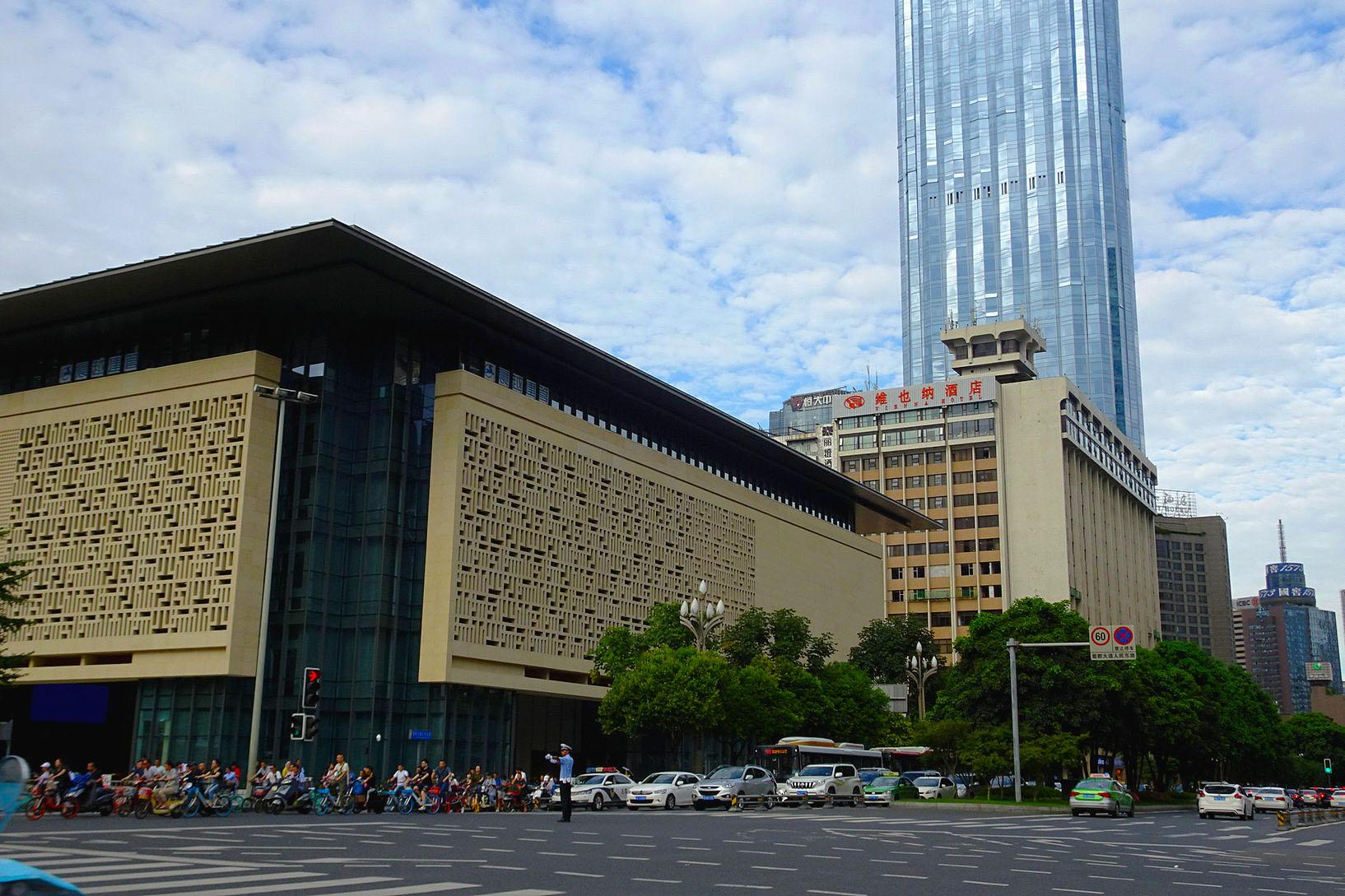 典雅的四川大剧院落成