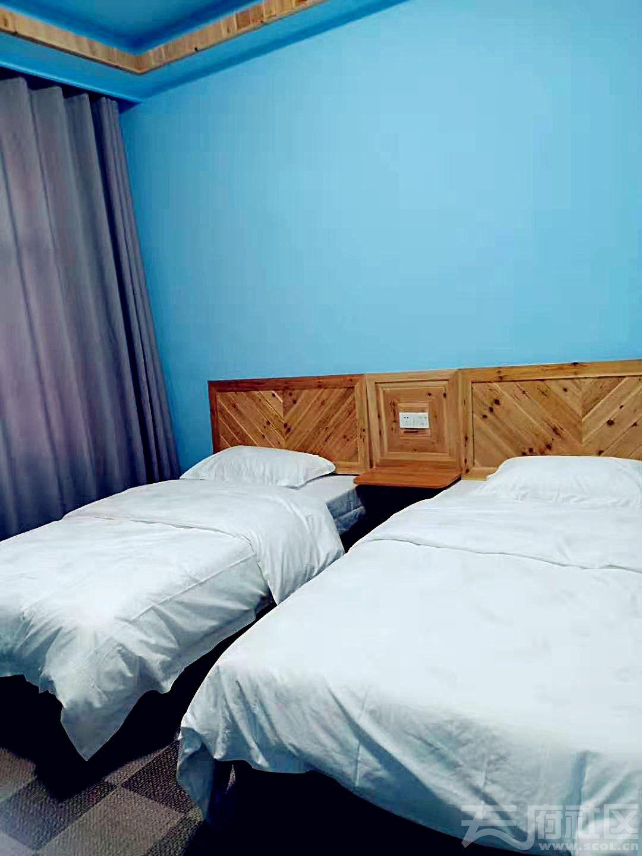 蓝色房间_meitu_8.jpg