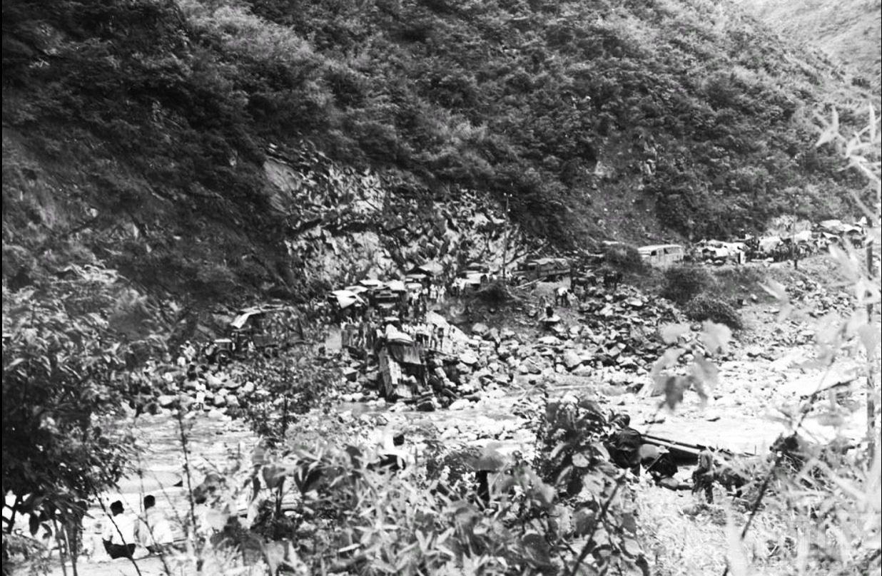 3 留坝 武关驿 武关河 1943.JPG