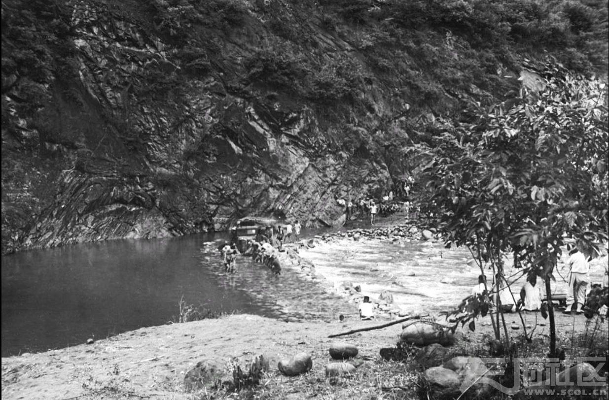 4 留坝 武关驿 武关河 1943.JPG