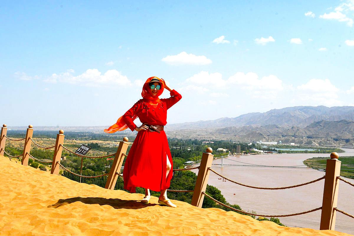 【西北旅游】她在黄河岸边发呆