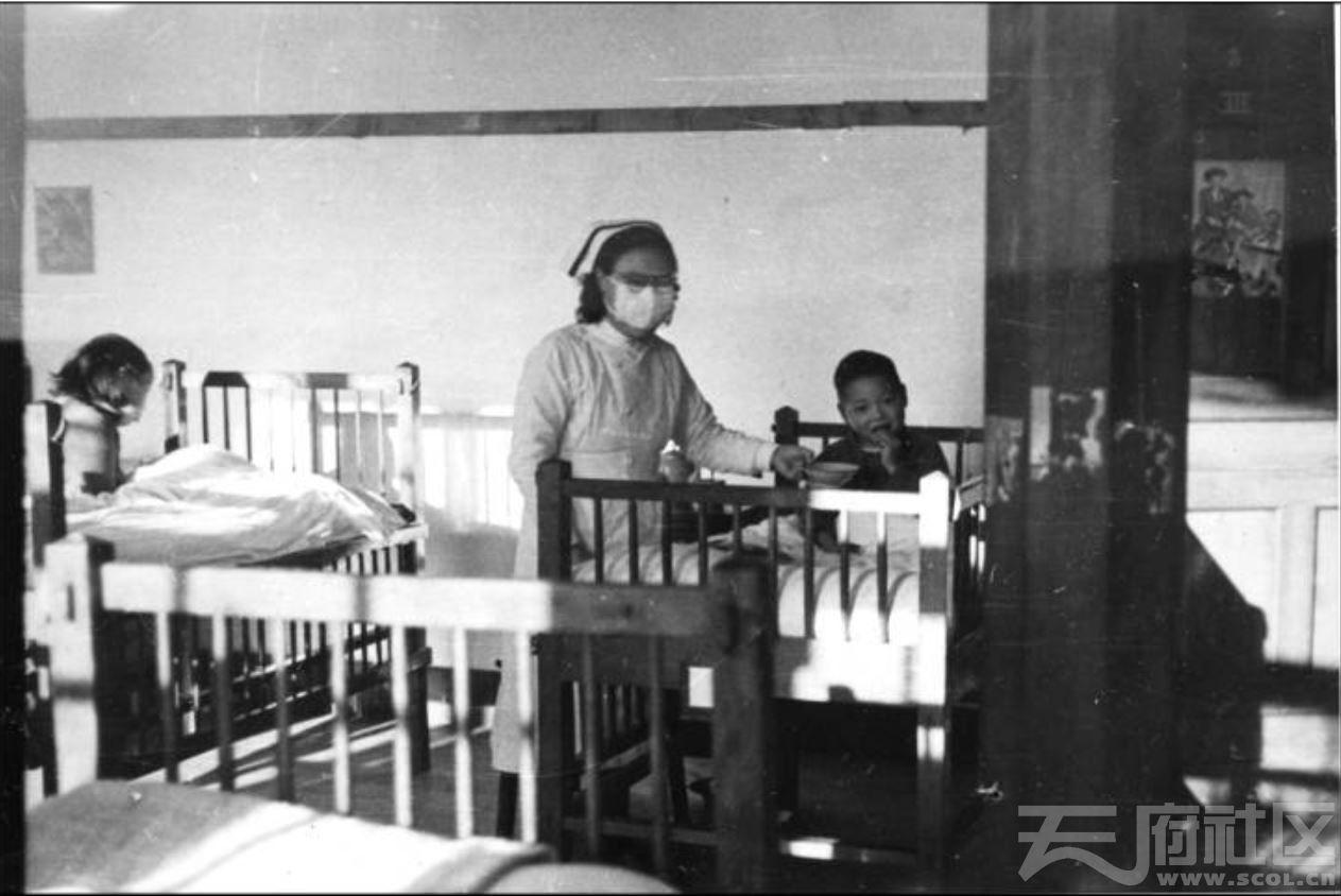 2 华西大学 华西医院 小儿科病房 ca.1946.JPG