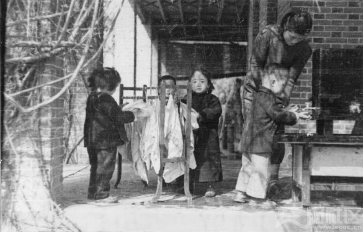 10 华西大学 幼儿园 ca.1945.JPG