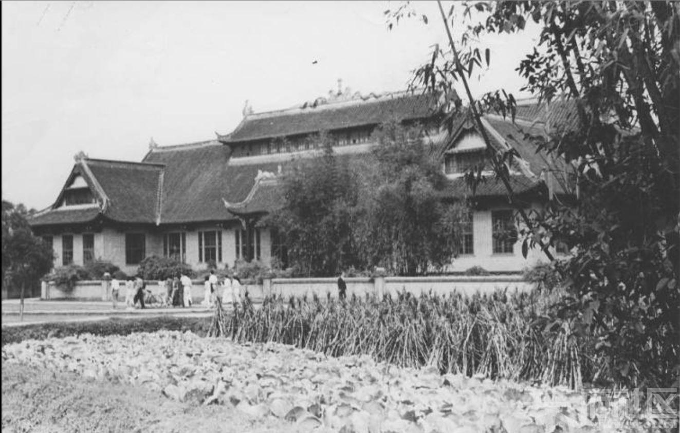 46 华西大学 图书馆 ca.1946.JPG