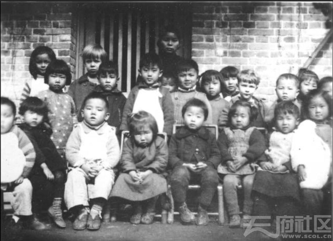 48 华西大学 幼儿班 ca.1942.JPG