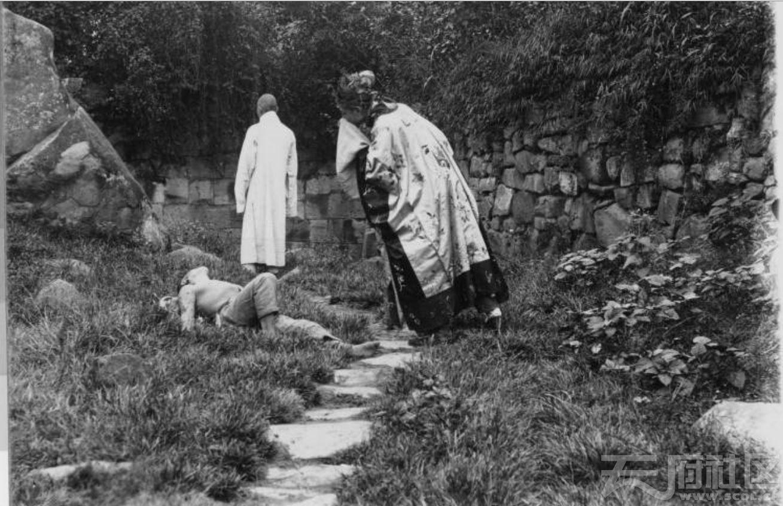 """59 乐山 《圣经》中""""好撒玛利亚人""""寓言(做好人好事)表演剧 1915-1925.JPG"""