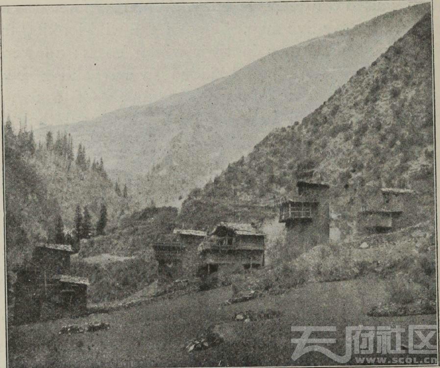 65 马塘附近 藏族村寨  1896.JPG