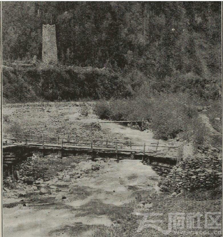 67 马尔康东 梭磨 碉楼  1896.JPG