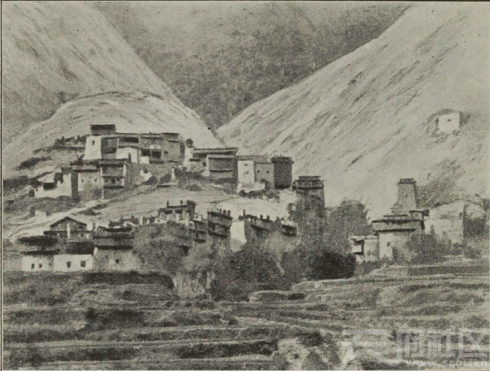 70 马尔康东 卓克基 土司官寨  1896.JPG