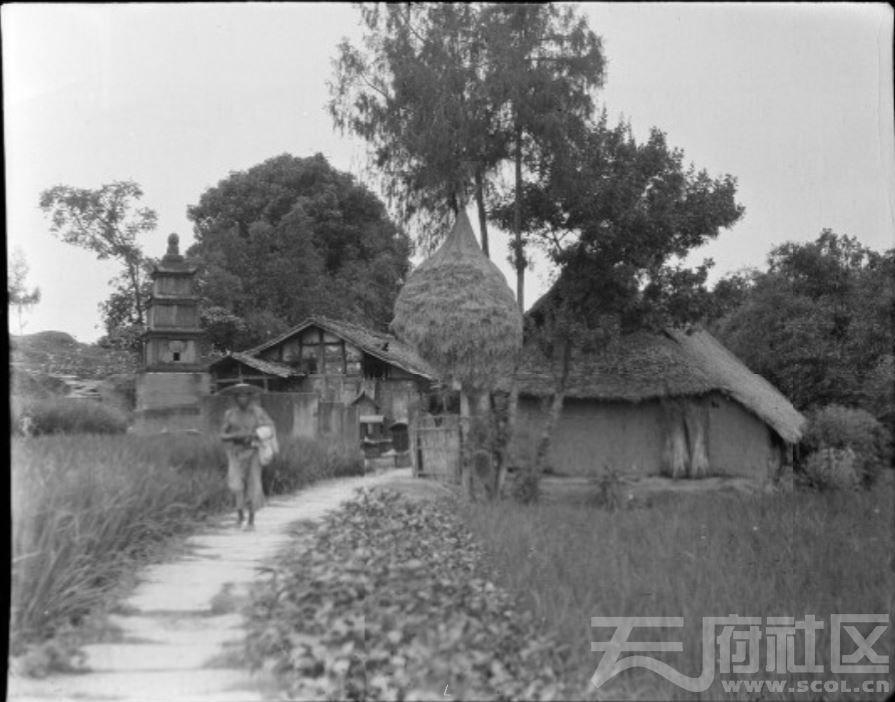 4 遂宁 古道旁的字库塔 1917.JPG