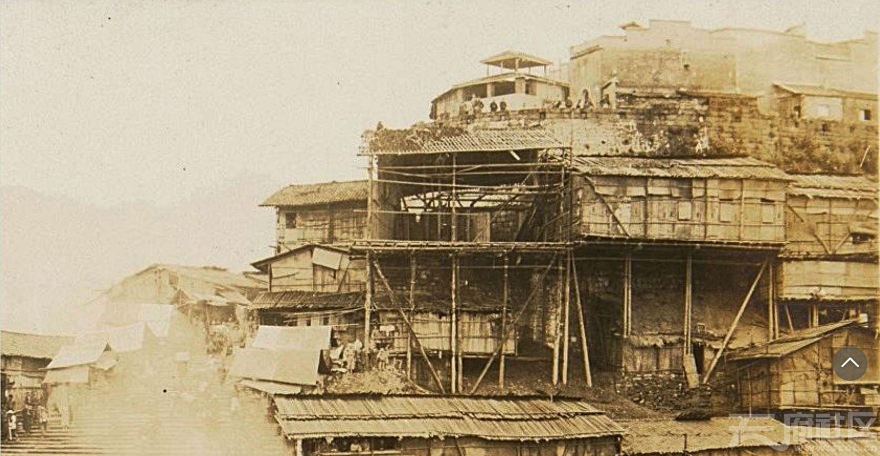 9 朝天门 城墙 1926.8. 岛崎役治摄.JPG