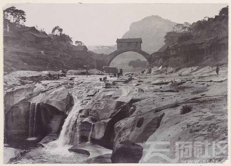 1 万州桥 1908.4.1..jpg