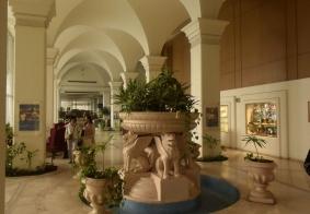 【大千世界】埃及开罗一个宾馆的大堂