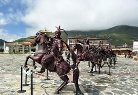 世界上最大的藏传佛学院,,,,,,海拔4000米色达