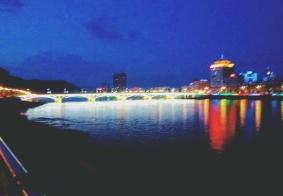 通化市夜景