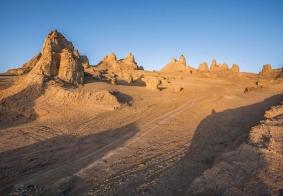 行摄 青海甘肃,18年一起结伴重走丝绸之路 ,茶卡敦煌、嘉峪关 历史与自然的结合