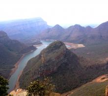 【大千世界】南非的布莱德峡谷