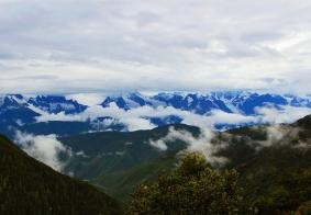飞来寺遥望梅里雪山