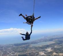 跳伞、帆船、潜水、冲浪、攀岩,在东南亚就要玩到疯