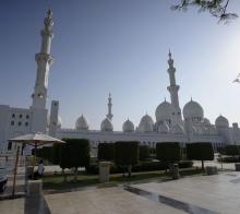 【大千世界】迪拜谢赫扎伊德清真寺外观